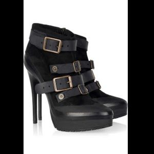AUTHENTIC BURBERRY Prorsum Leather Buckle Booties